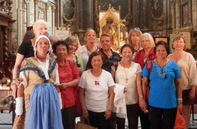 Group at the Basilica of St Maximin