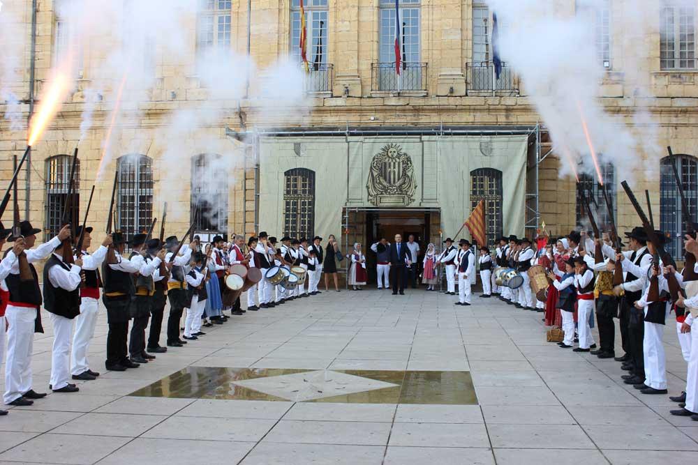 Aubade to the mayor of St Maximin